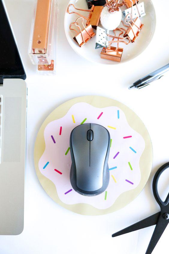 13 DIY donut mousepad