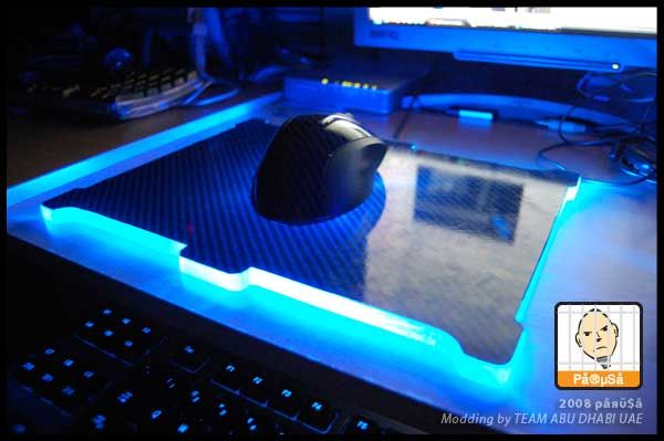 15 DIY Glowing Mouse Pad