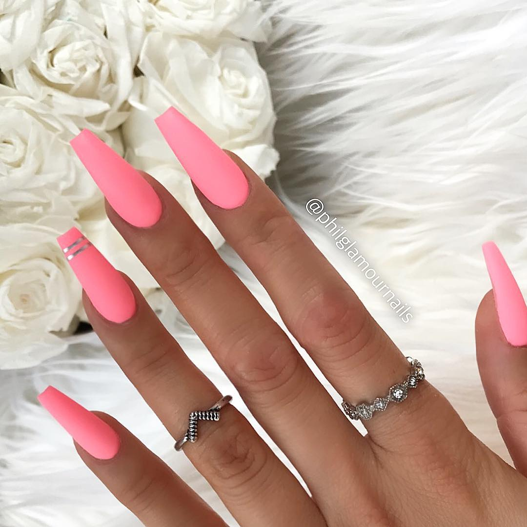 17 Pink Coffin Nail Designs