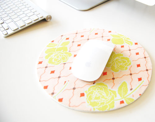 19 DIY Covered Mousepad