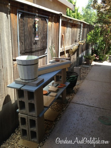 19 Garden Potting Bench