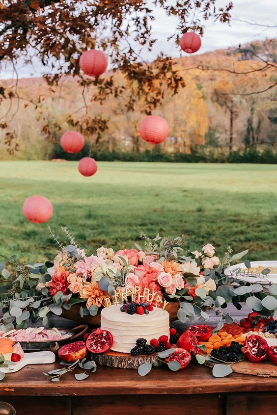 22 Outdoor Fall Birthday Party