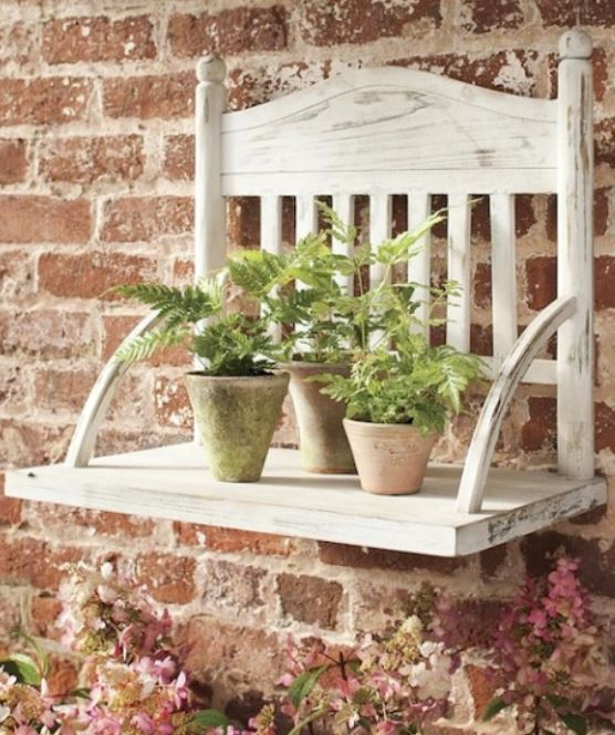24 Chair Garden Shelf