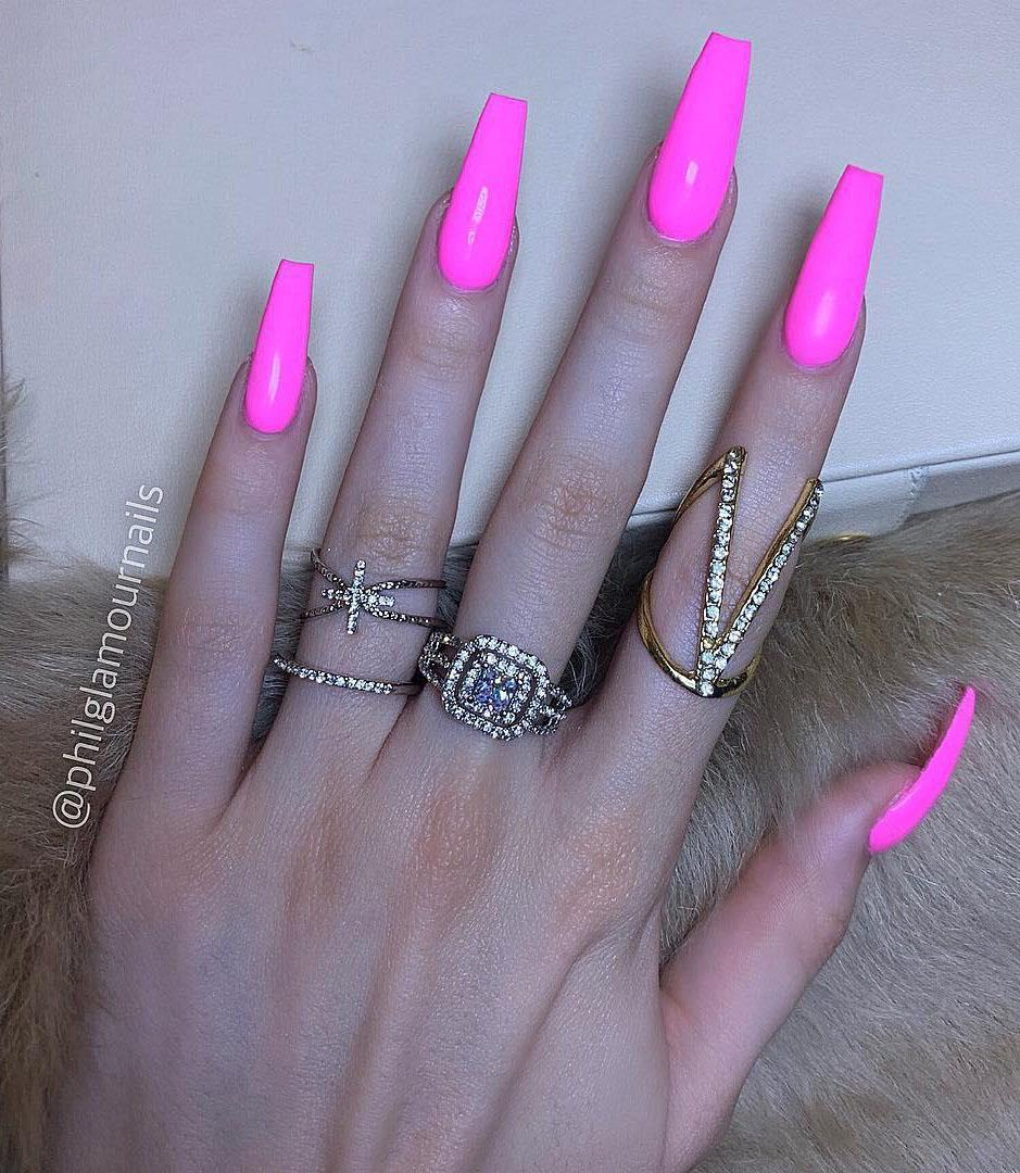 29 Pink Coffin Nail Designs