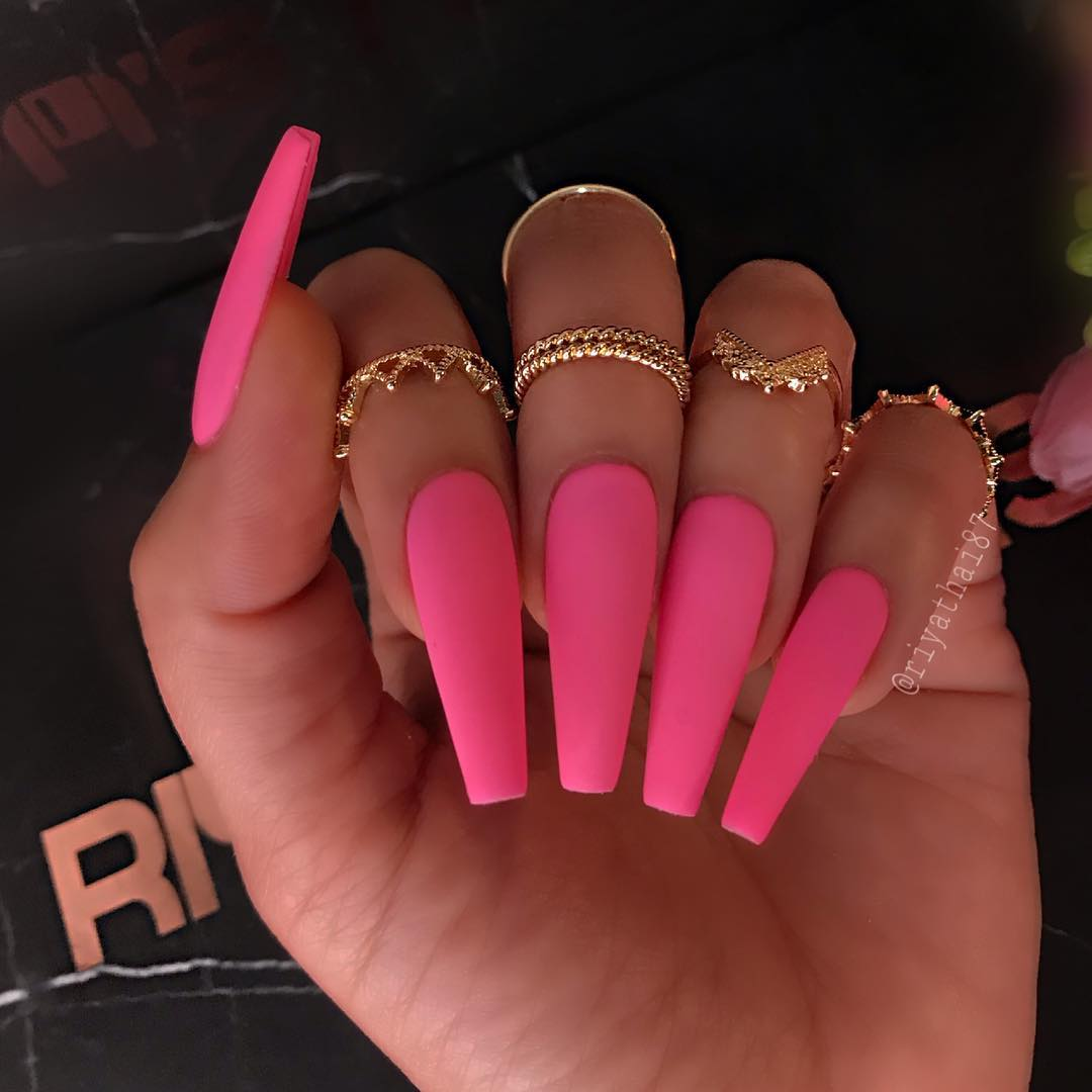 32 Pink Coffin Nail Designs