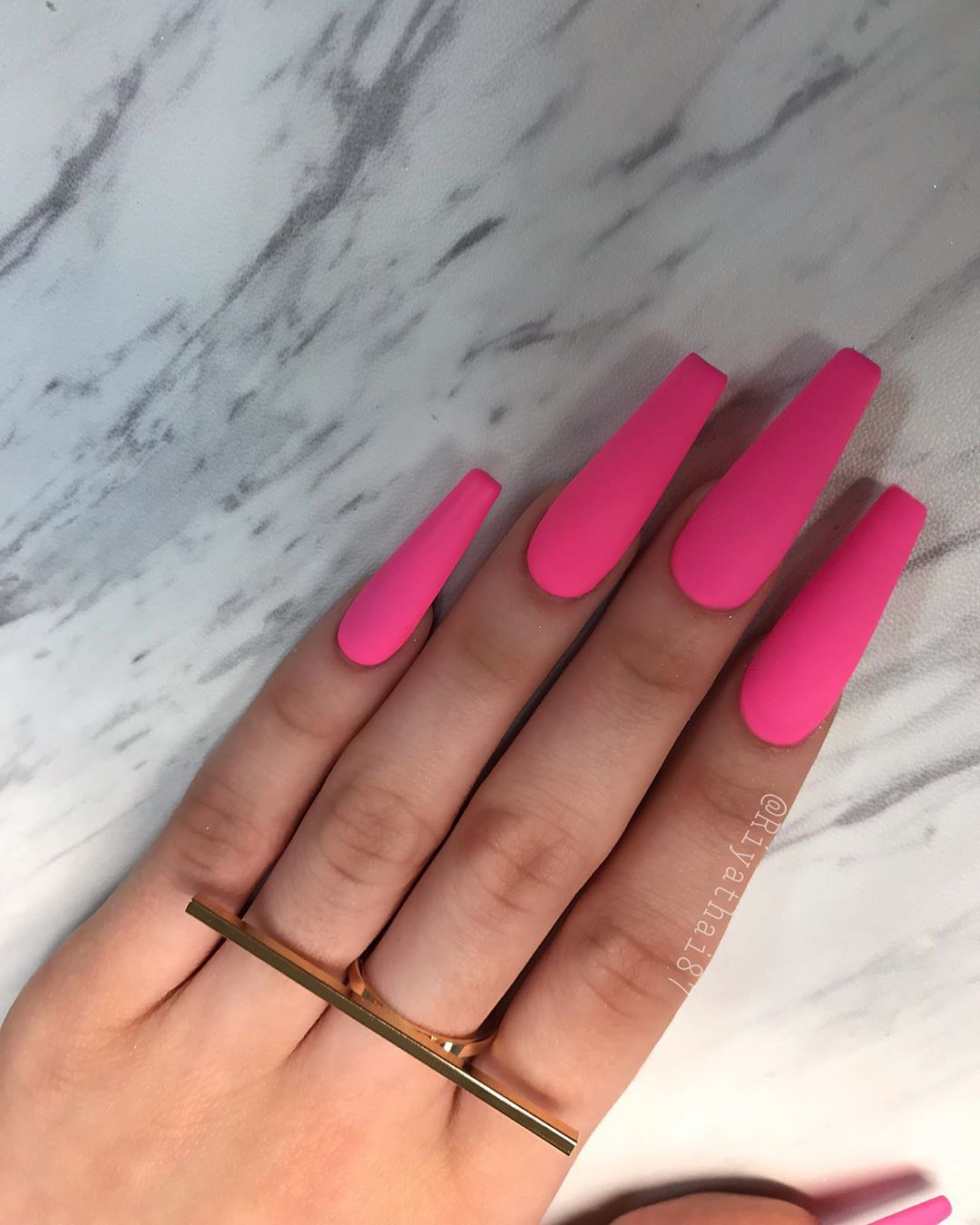 36 Pink Coffin Nail Designs