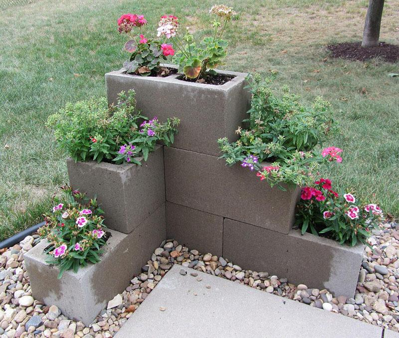 39 Cinder Block Tiered Flower Pots