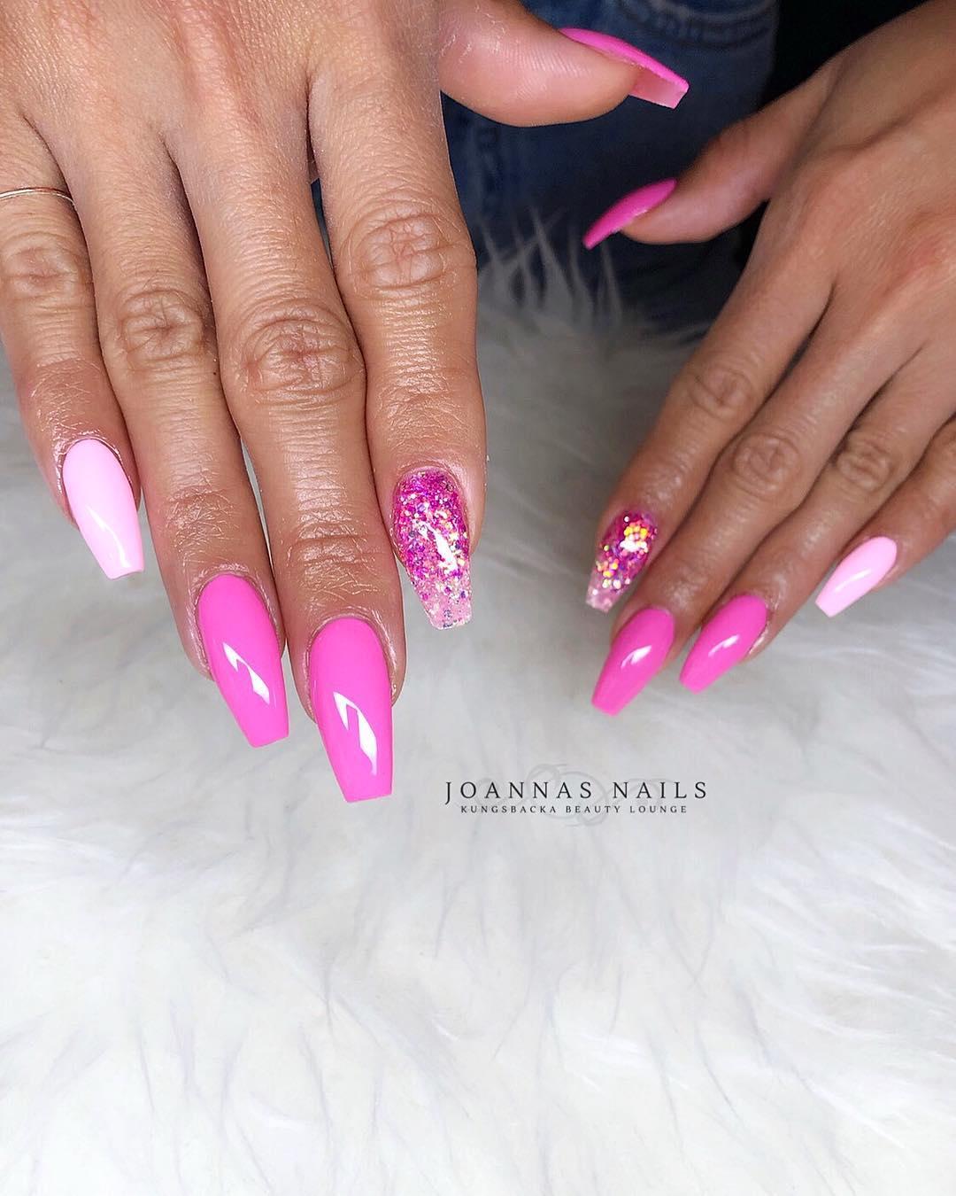 5 Pink Coffin Nail Designs