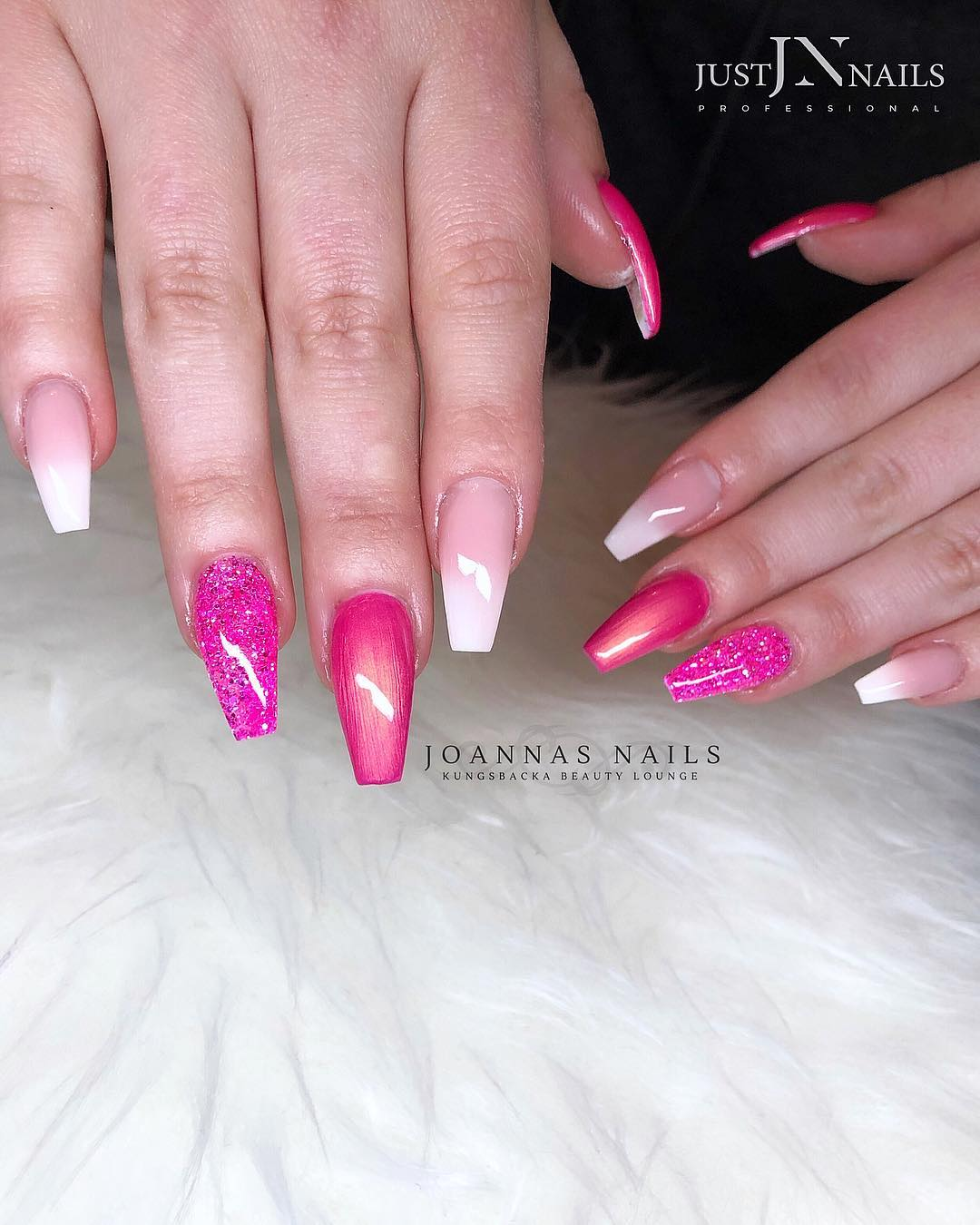 6 Pink Coffin Nail Designs