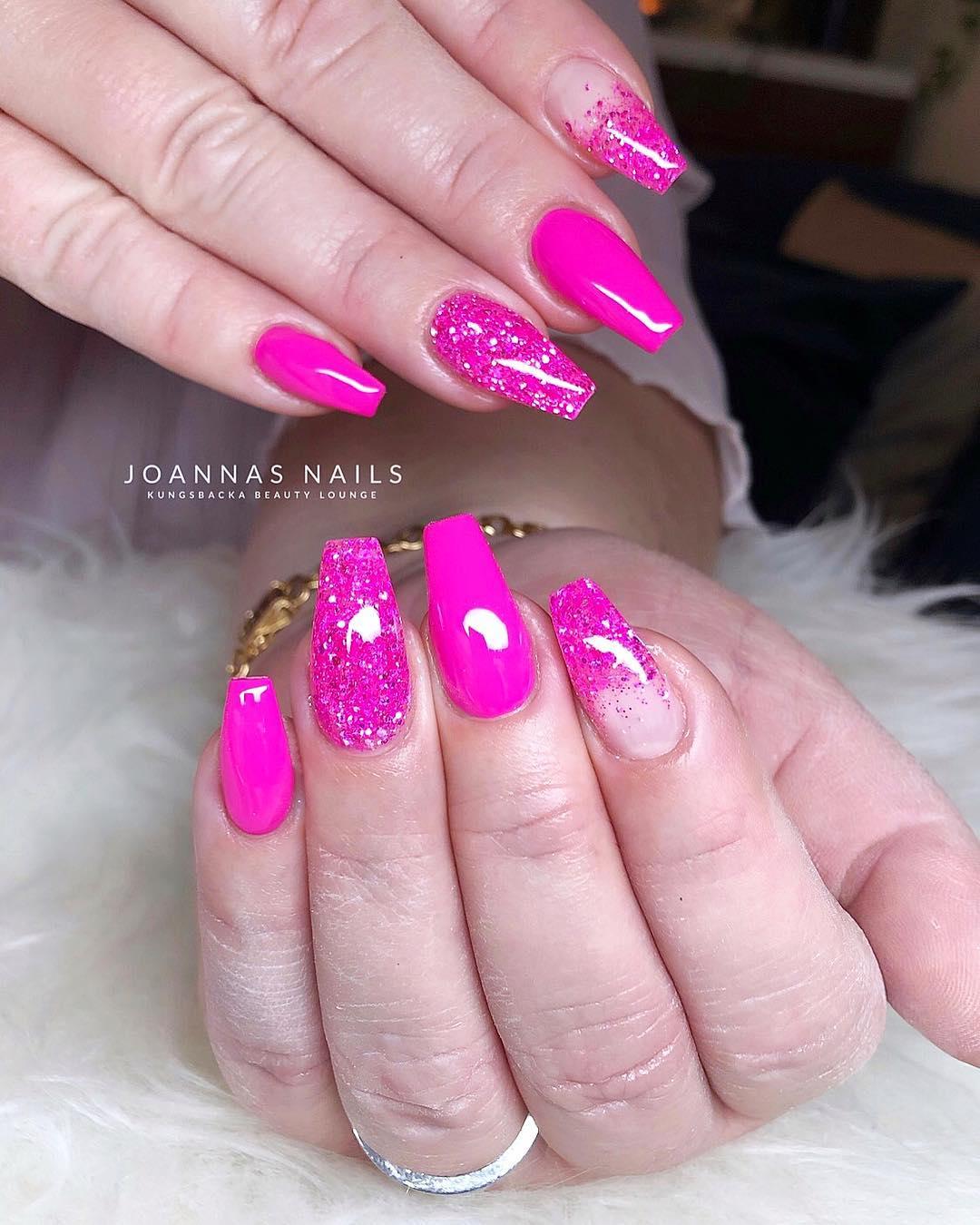 7 Pink Coffin Nail Designs