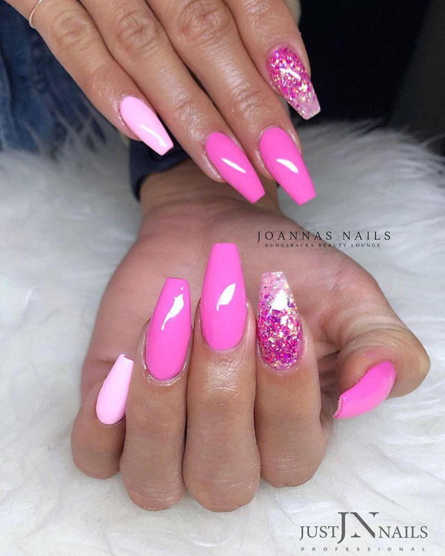 9 Pink Coffin Nail Designs