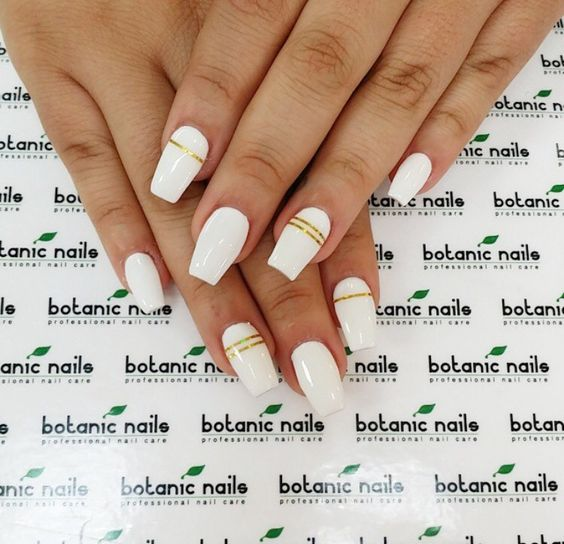 1 White Nail Art Designs