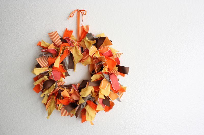 10 Autumn Fabric Wreath