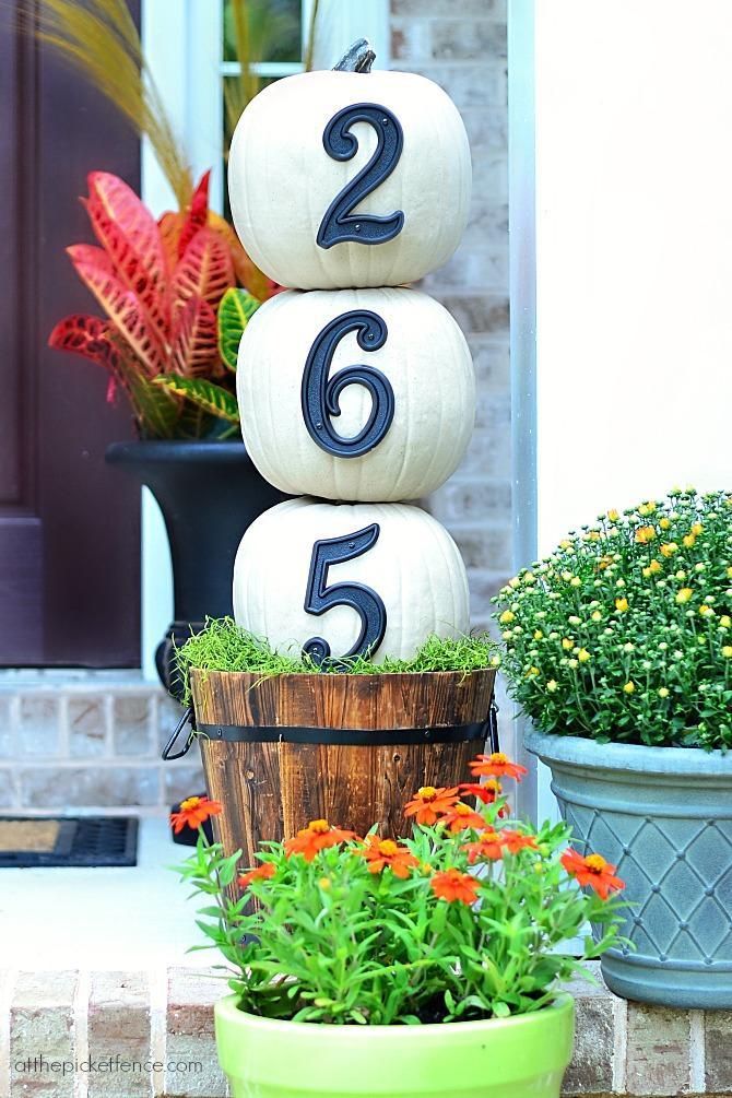 10 House Numbers Pumpkin Topiary