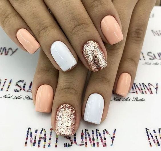 10 Short Gel Nail Designs