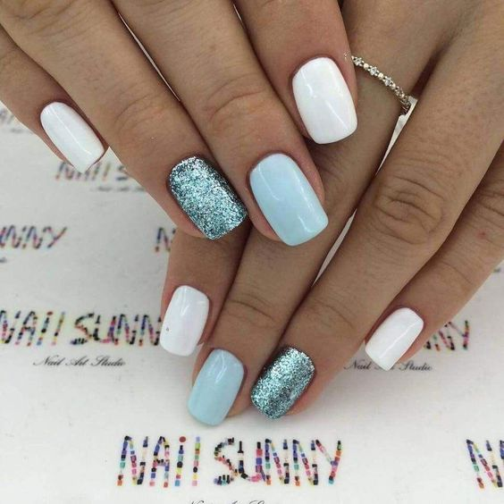 11 Short Gel Nail Designs