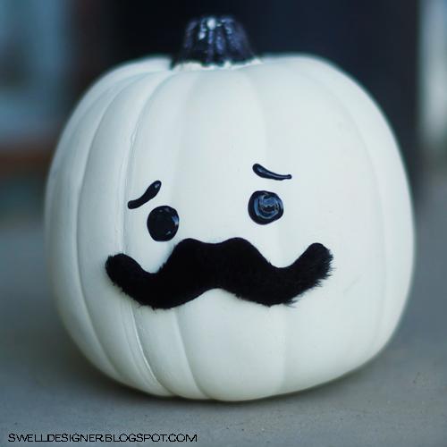 12 Mustache Pumpkin