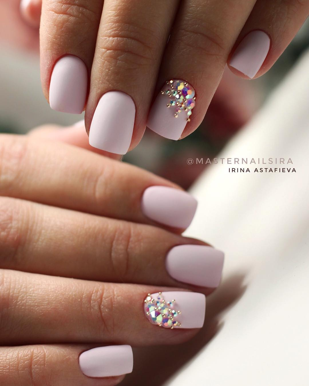 13 White Nail Art Designs
