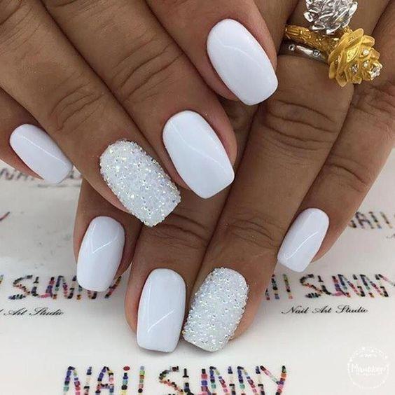 17 White Nail Art Designs