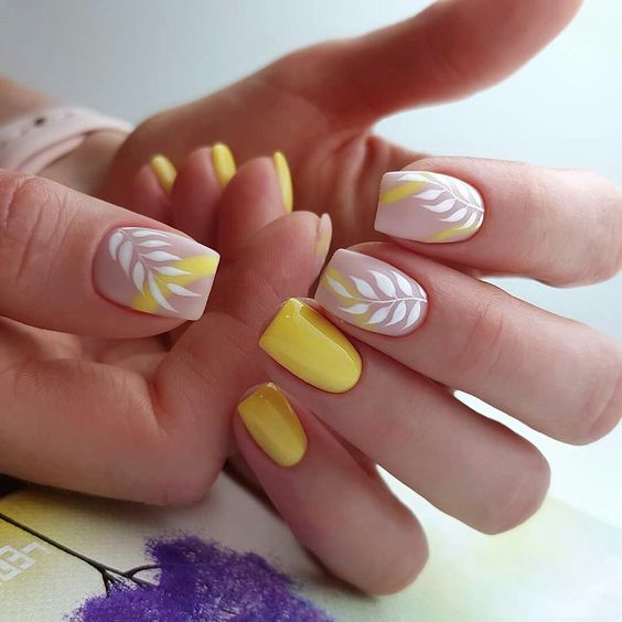 19 Leaf Nail Art Designs