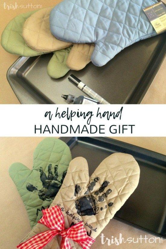 2 Helping Hands Kitchen Mitts