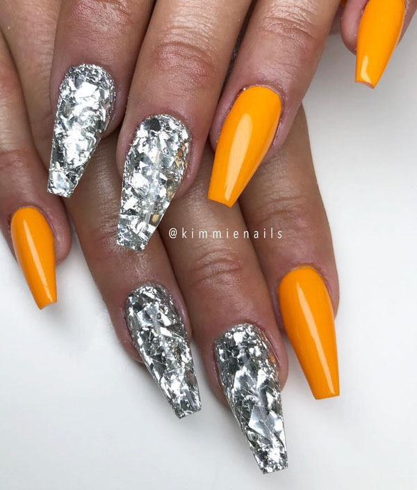 20 Fall Nail Art Designs