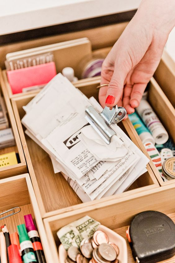 21 Organize Your Junk Drawer