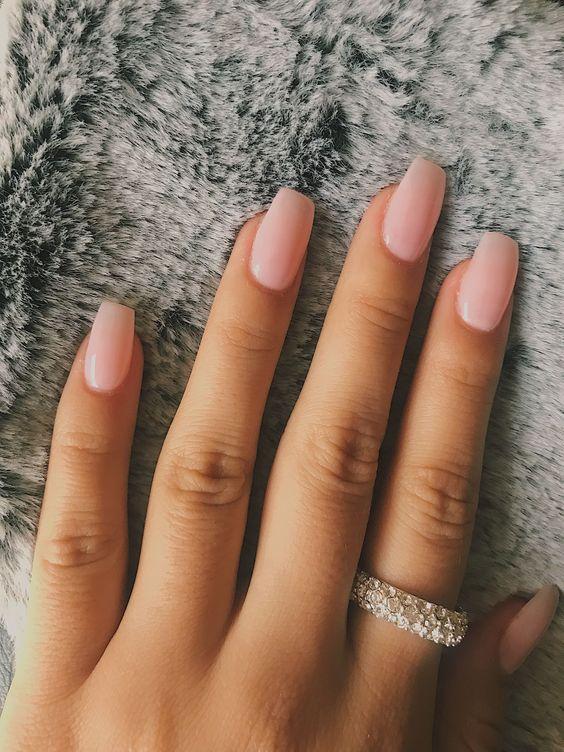 24 Short Gel Nail Designs