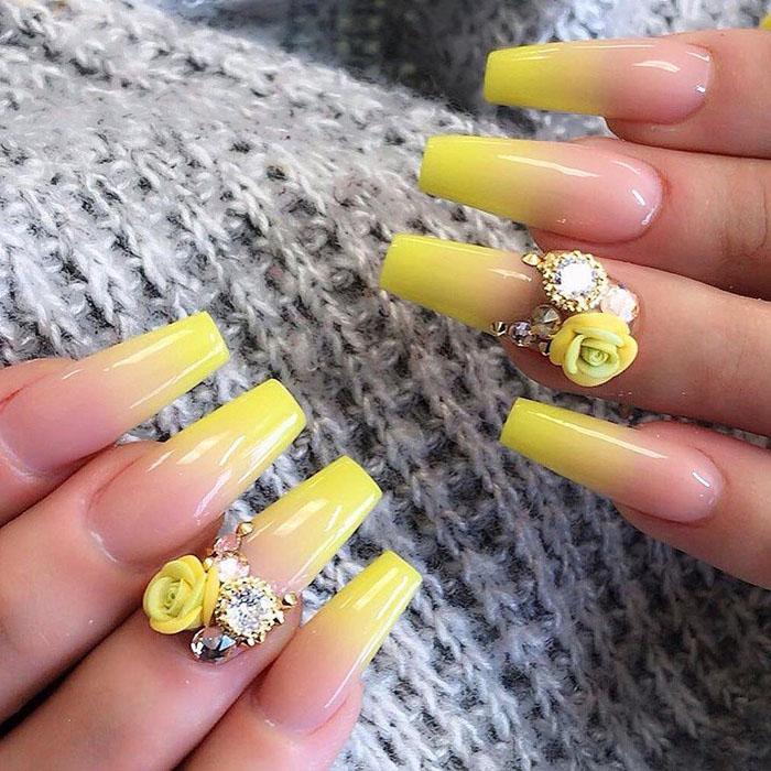 25 3D Flower Nail Art Designs