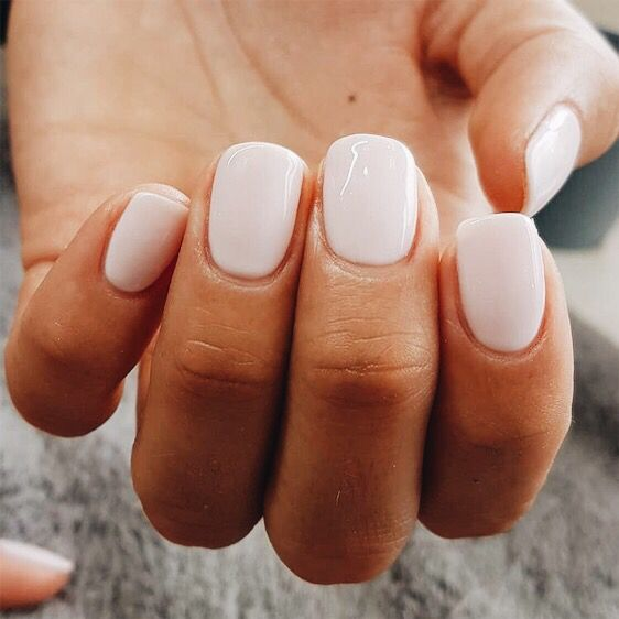 28 Short Gel Nail Designs