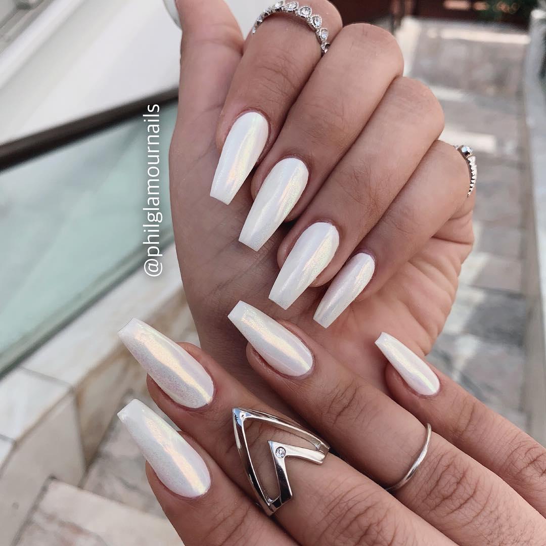 29 White Nail Art Designs