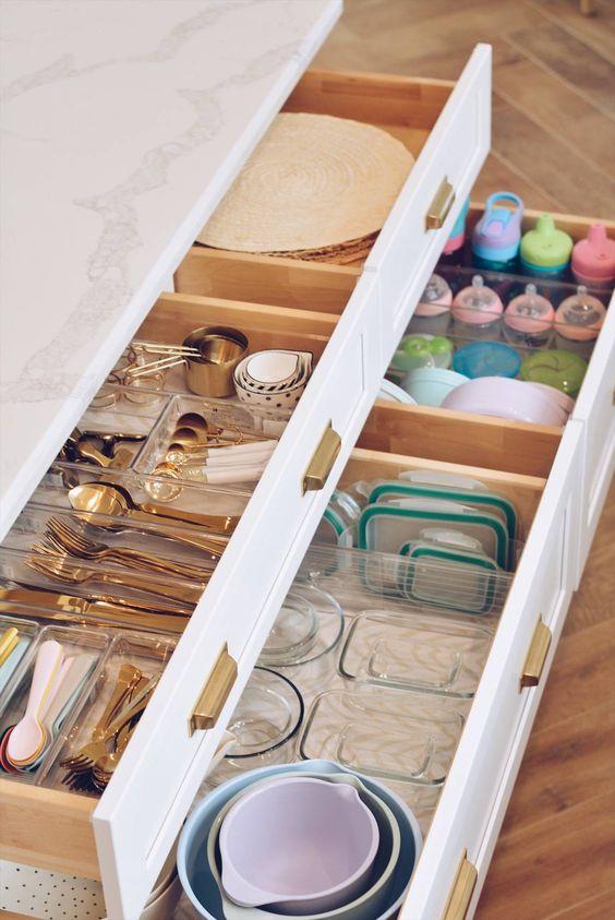 30 Kitchen Drawer Organization