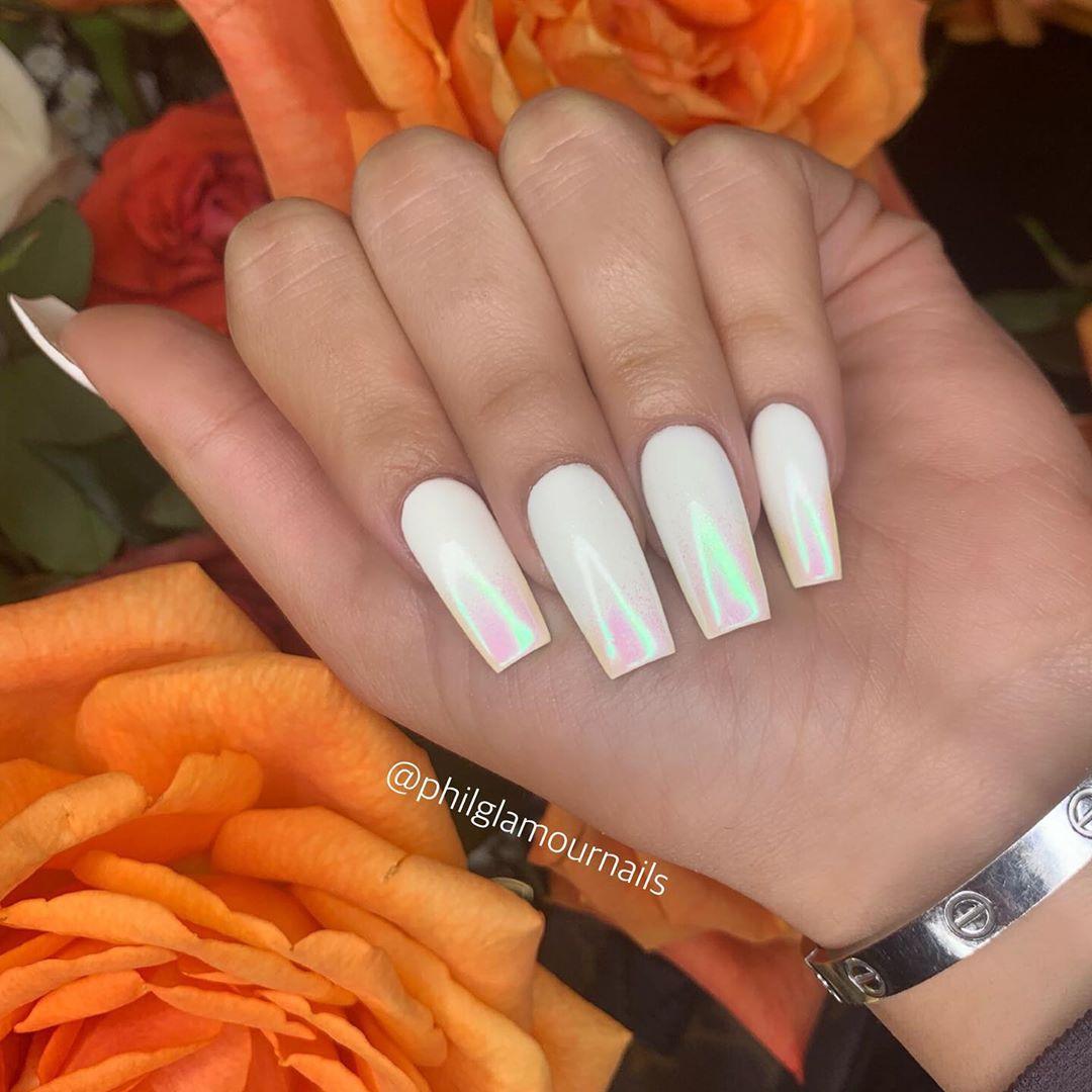 31 White Nail Art Designs