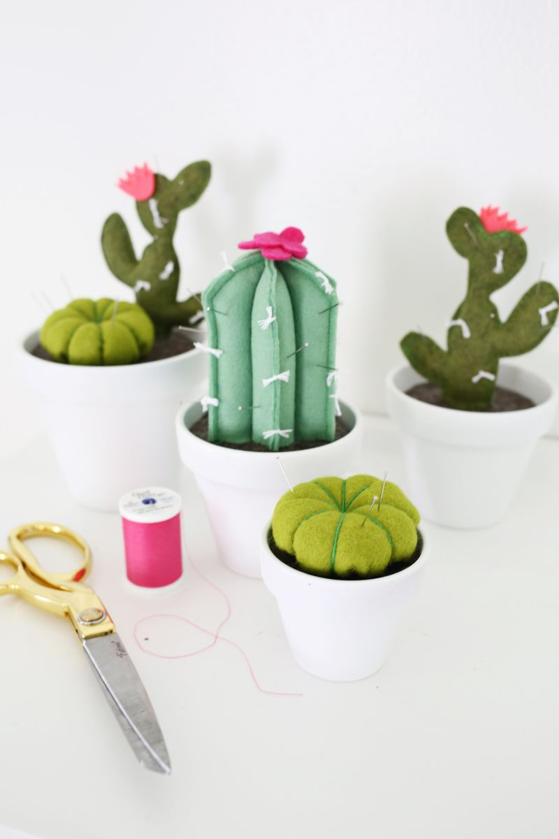 33 CACTUS PINCUSHION DIY