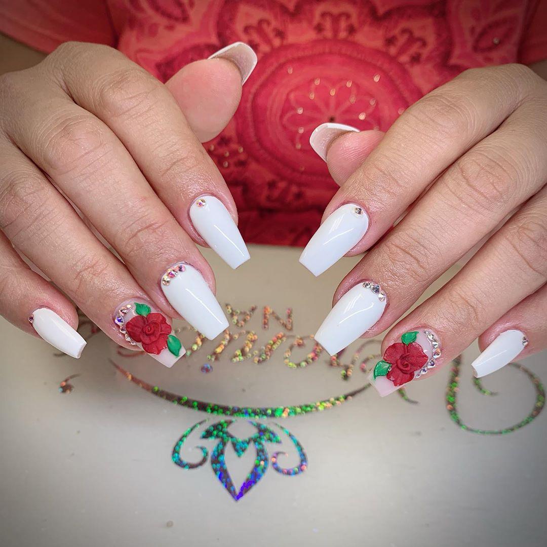 35 White Nail Art Designs