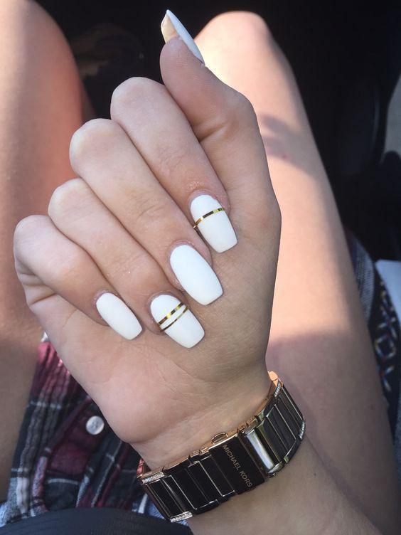 42 White Nail Art Designs