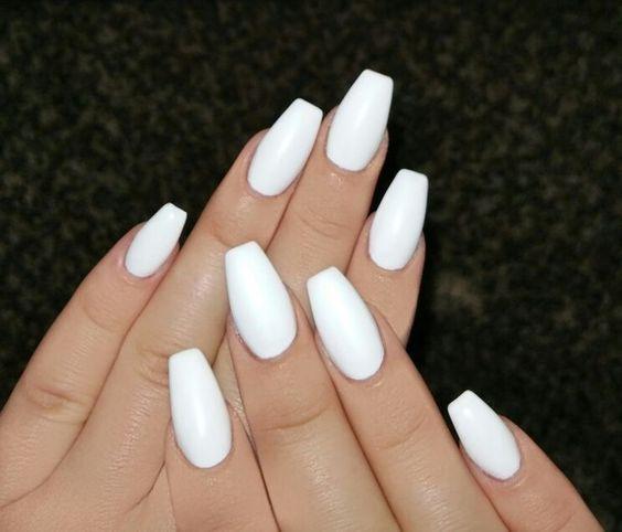 47 White Nail Art Designs