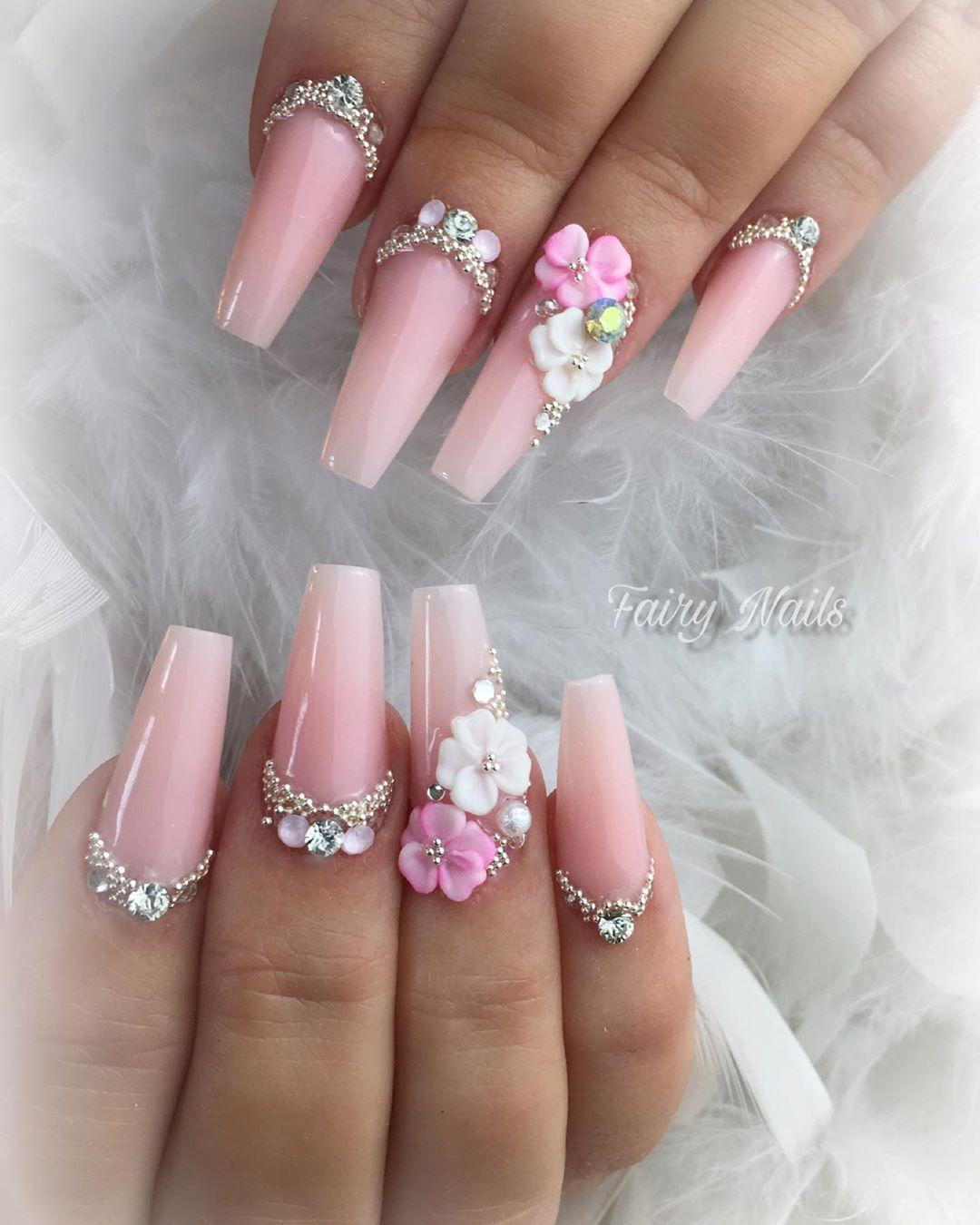 8 3D Flower Nail Art Designs