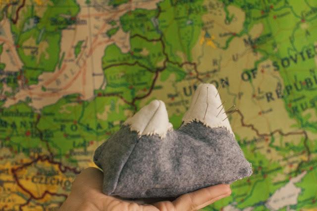 8 Mountain Pincushion
