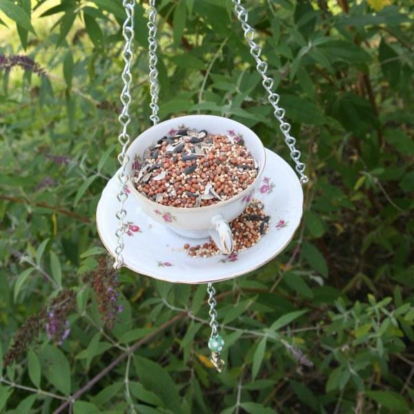 8 Tea Cup Bird Feeder