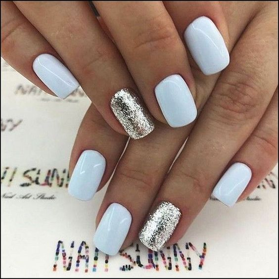 9 Short Gel Nail Designs