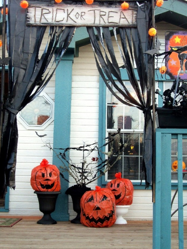 10 Halloween Pumpkins From Trash Bags