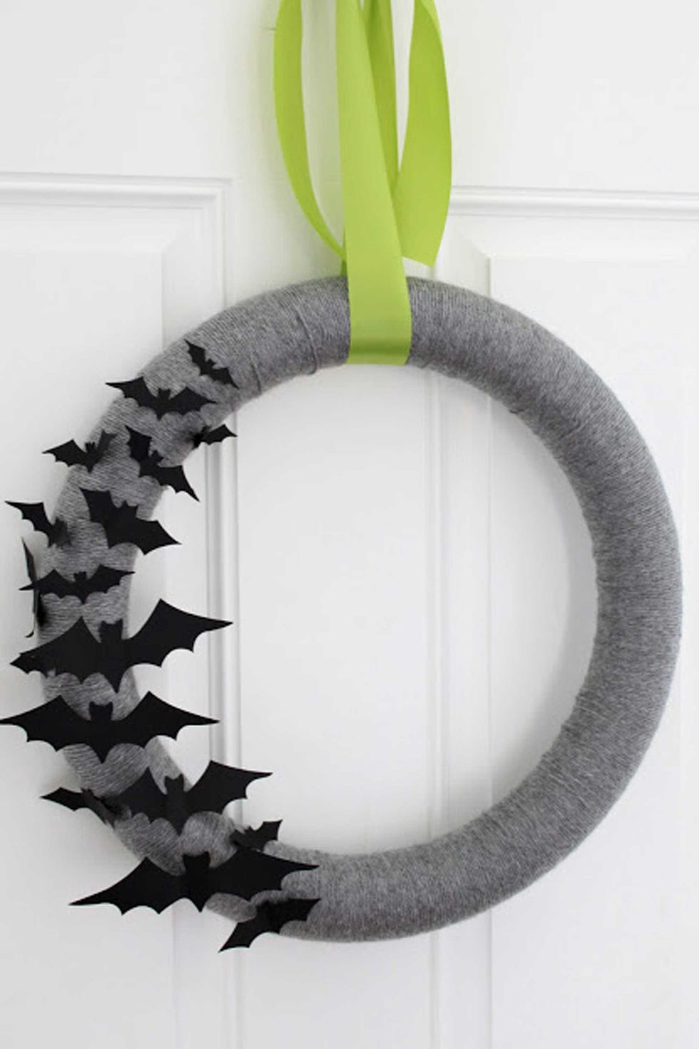 13 Halloween Gray Yarn Bat Wreath