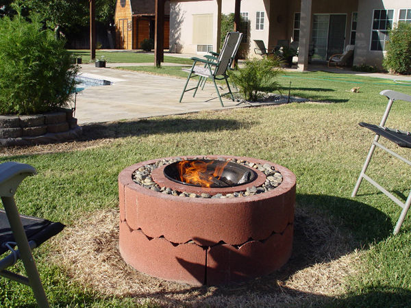 14 Fire Pit Using Concrete Tree Rings