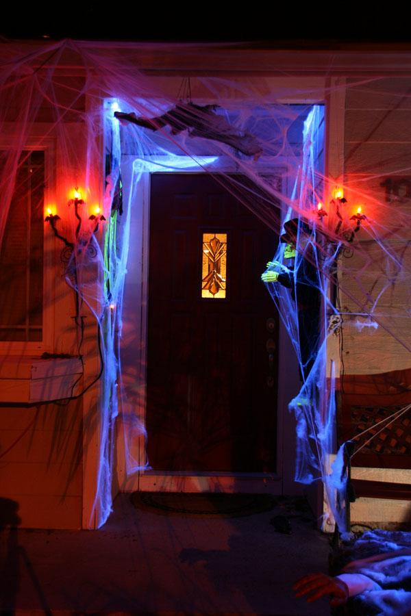 27 Glow in the Dark Spider Webs