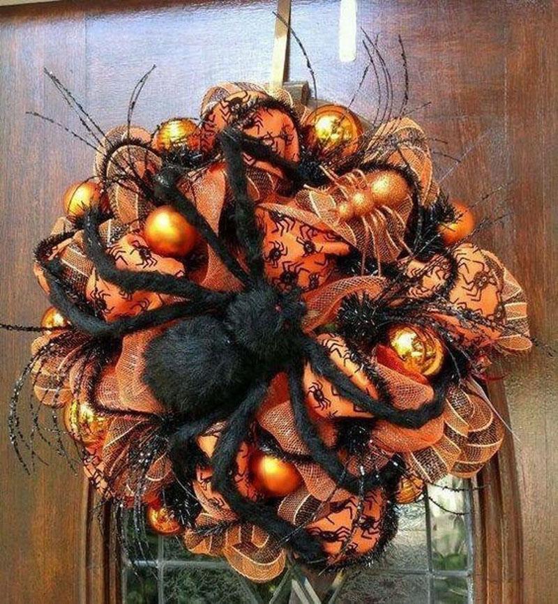 27 Spider Halloween wreath
