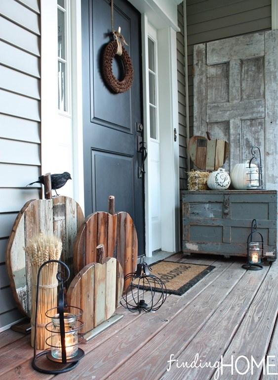 29 Reclaimed Wood Pumpkin Porch