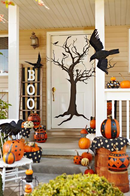 41 Spooky Front Porch