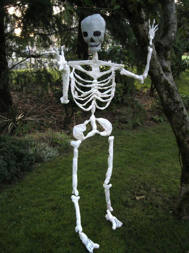 6 Skeleton Made of Plastic Shopping Bags