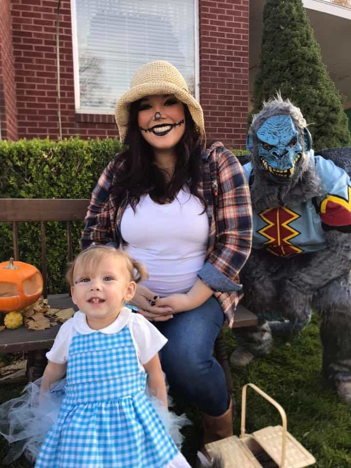 11 Wizard of Oz Family Halloween Costumes